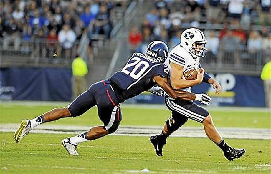 The Associated Press / Jessica Hill Connecticut safety Obi Melifonwu (20) is day-to-day with an upper-body injury. Photo: AP / FR153656 AP