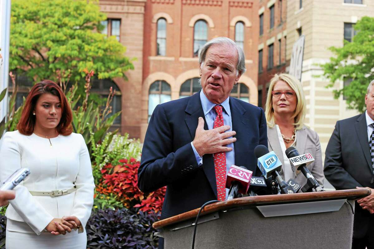 Republican gubernatorial candidate Tom Foley with New Britain Mayor Erin Stewart and Heather Somers, his lieutenant governor candidate, at a press conference where he unveiled his urban policy plan.