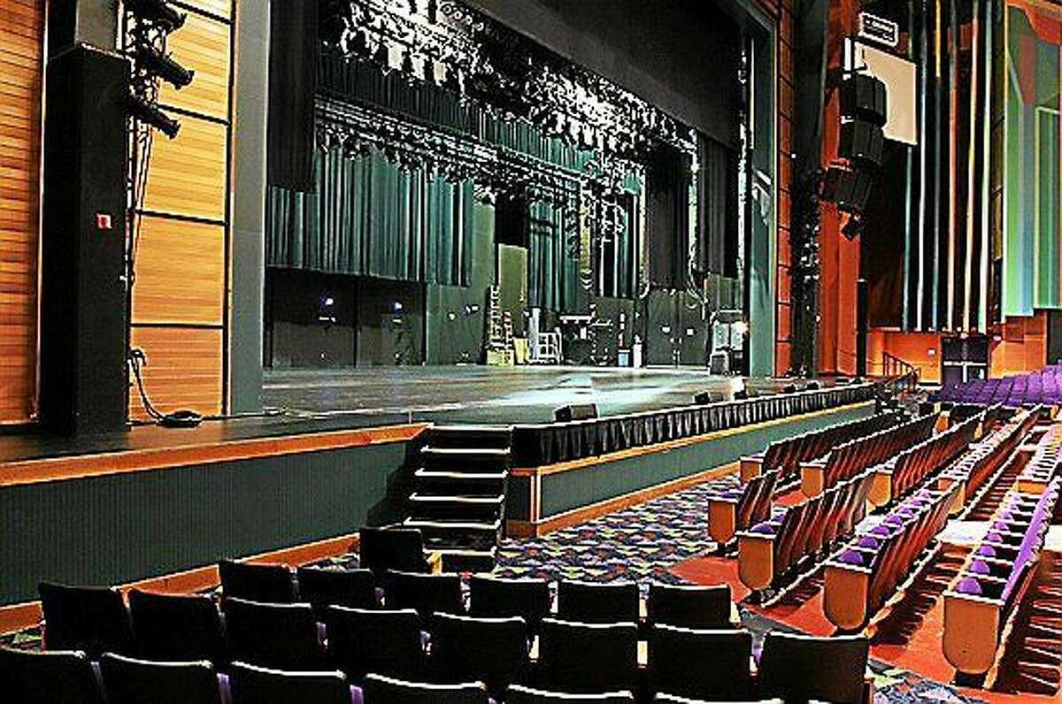Screenshot of Toyota Oakdale Theatre via oakdale.com