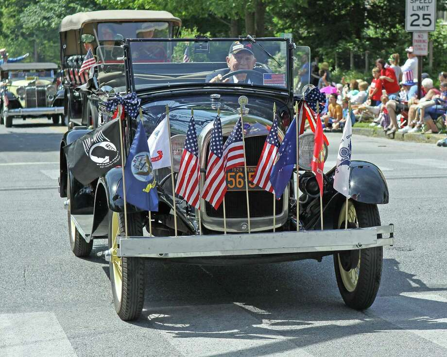Cromwell's Memorial Day celebration will feature a car and bicycle show Friday. Photo: File Photo