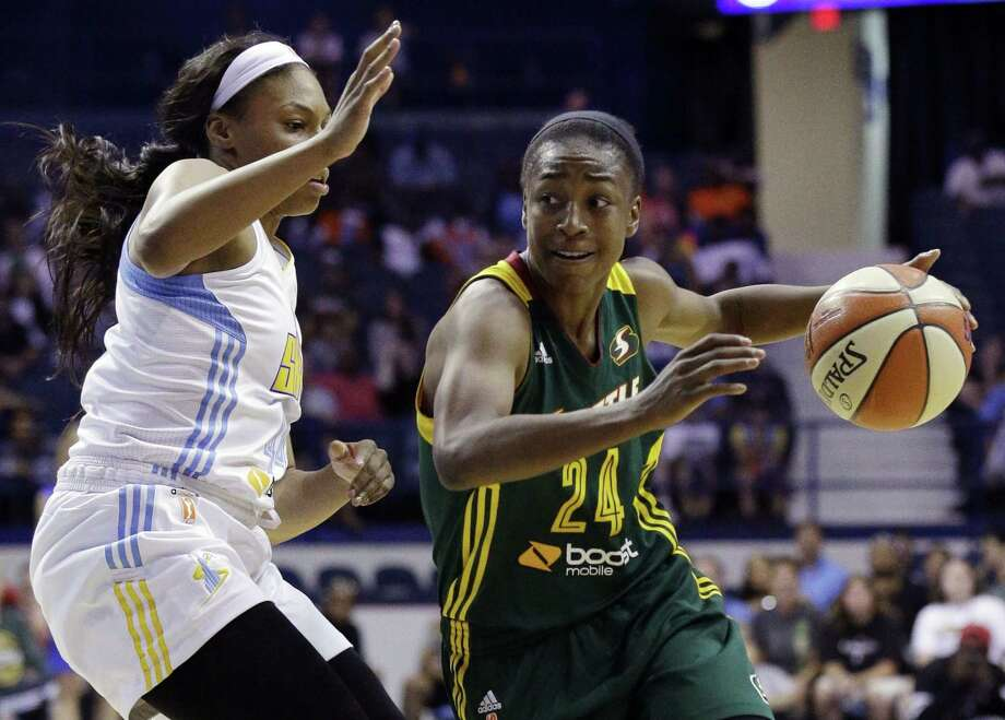 Seattle Storm guard Jewell Loyd, right, was named the WNBA rookie of the year award on Thursday. Photo: The Associated Press File Photo  / AP