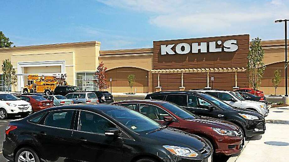 LUTHER TURMELLE — NEW HAVEN REGISTER The new Kohl's department store in Old Saybrook. Photo: Journal Register Co.