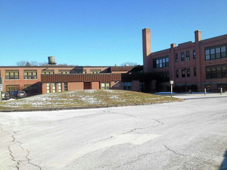 Center School in East Hampton Photo: Jeff Mill — The Middletown Press