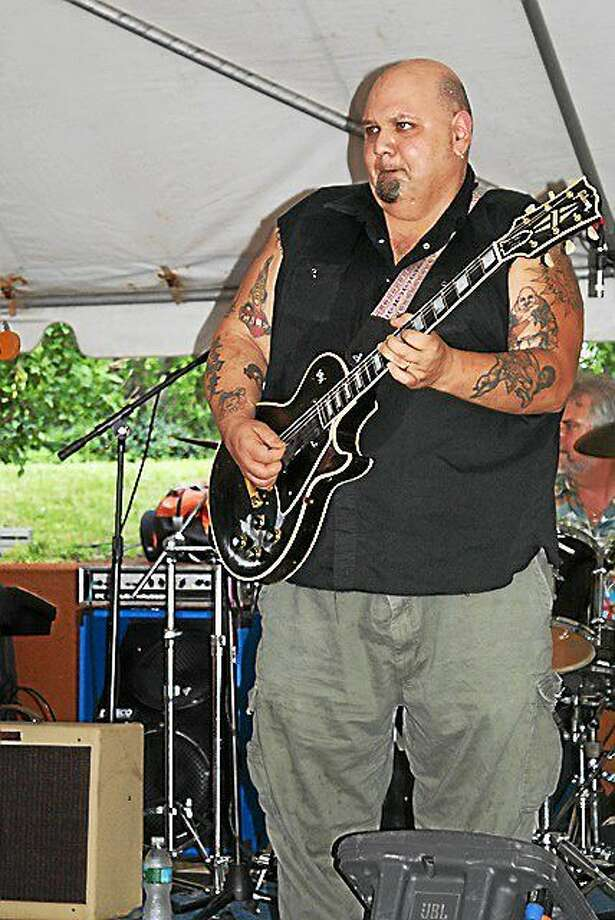 Photo by Dom Forcella FTC Stage One has Popa Chubby on Friday night. Photo: Journal Register Co.