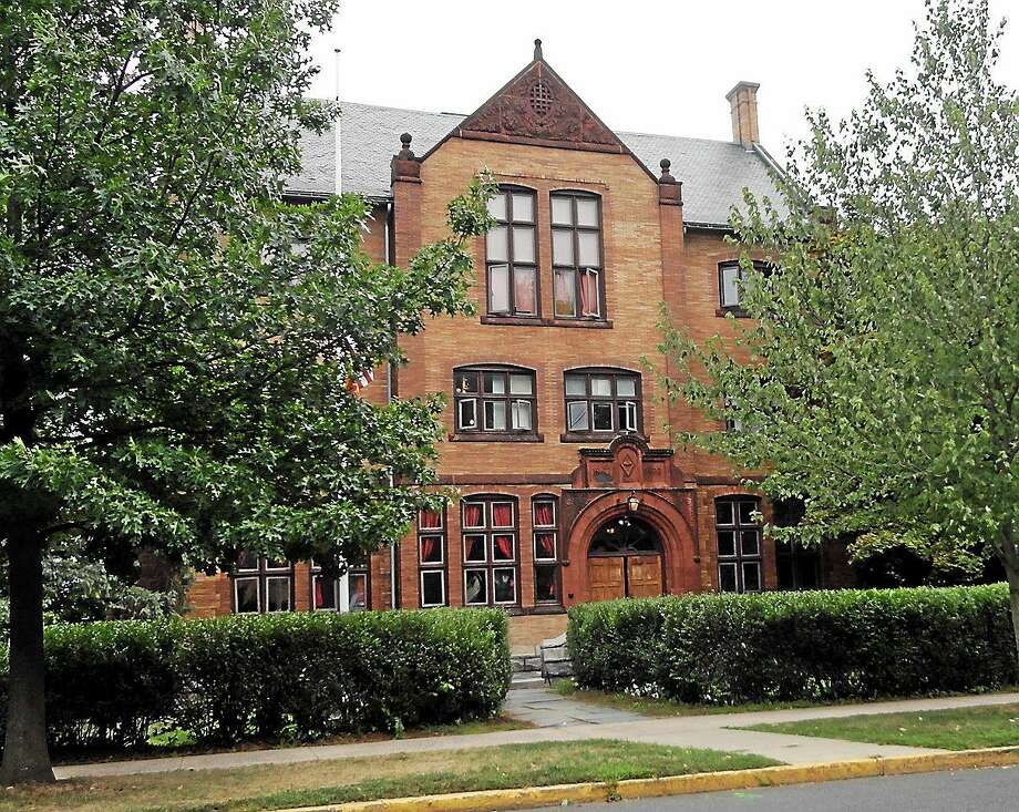 Wesleyan University's Gamma Phi Chapter of Delta Kappa Epsilon fraternity is located on High Street in Middletown. Photo: Cassandra Day - The Middletown Press
