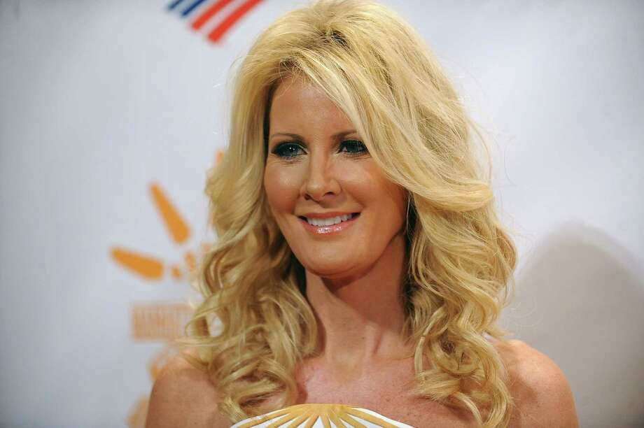 """FILE - In this Tuesday, April 30, 2013, file photo, Sandra Lee attends the Can Do Awards Dinner at Cipriani Wall Street in New York. Lee says she has been diagnosed with breast cancer. The popular lifestyle personality and live-in girlfriend of New York Gov. Andrew Cuomo divulged the news on ABC's """"Good Morning America"""" in an interview aired Tuesday, May 12, 2015. (Photo by Brad Barket/Invision/AP, File) Photo: Brad Barket/Invision/AP / Invision"""