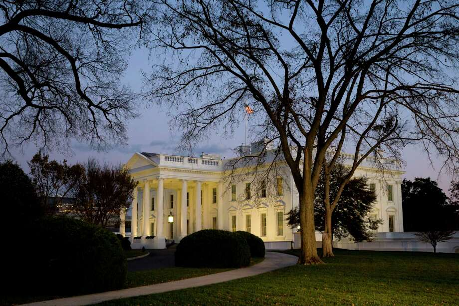This Nov. 20, 2014 photo shows the White House at sunset in Washington. Photo: AP Photo/Jacquelyn Martin, File  / AP