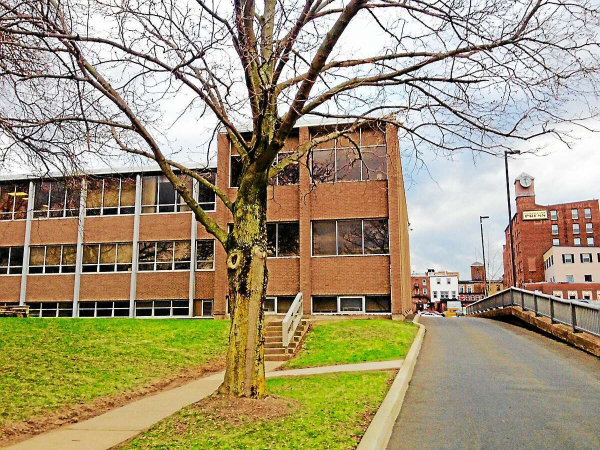 Middletown City Hall as seen from deKoven Drive