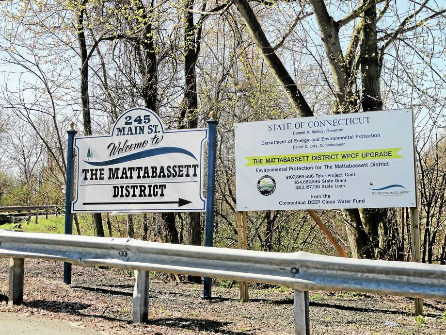 The Mattabassett District's Water Pollution Control facility processes wastewater from New Britain, Berlin, Cromwell, Middletown, Newington, Rocky Hill and Farmington. Photo: Cassandra Day — The Middletown Press