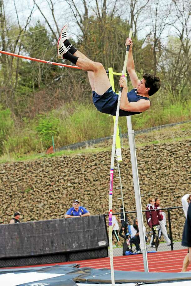 Middletown senior Jack Flynn qualifies for states in the pole vault event at Saturday's Middletown Invitational. Photo: Sandy Aldieri — Special To The Middletown Press