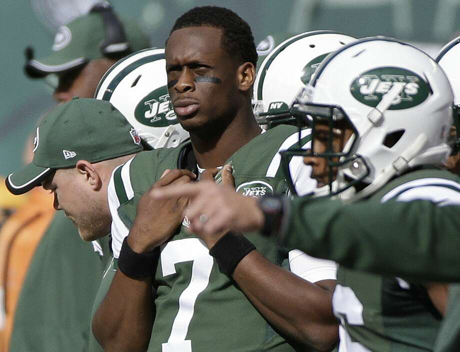 New York Jets quarterback Geno Smith (7) watches his team play during the first half of Sunday's game against the Buffalo Bills in East Rutherford, N.J. Photo: Seth Wenig — The Associated Press  / AP