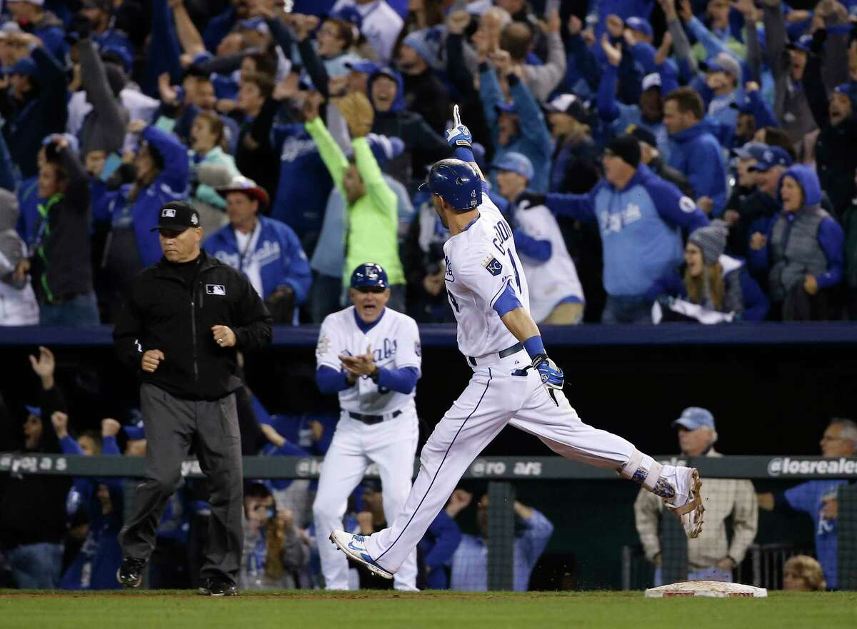 The Royals' Alex Gordon celebrates after hitting a solo home run during the ninth inning of Game 1 of the World Series against the New York Mets on Tuesday in Kansas City, Mo.