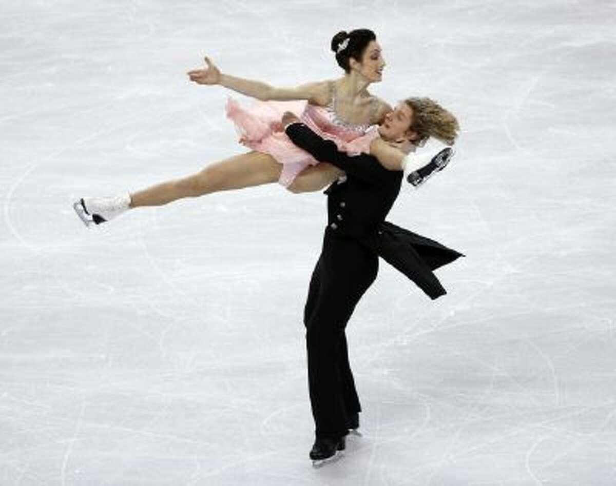 Meryl Davis and Charlie White, both from Metro Detroit, skate during the ice dance short program at the U.S. Figure Skating Championships in Boston, Friday.