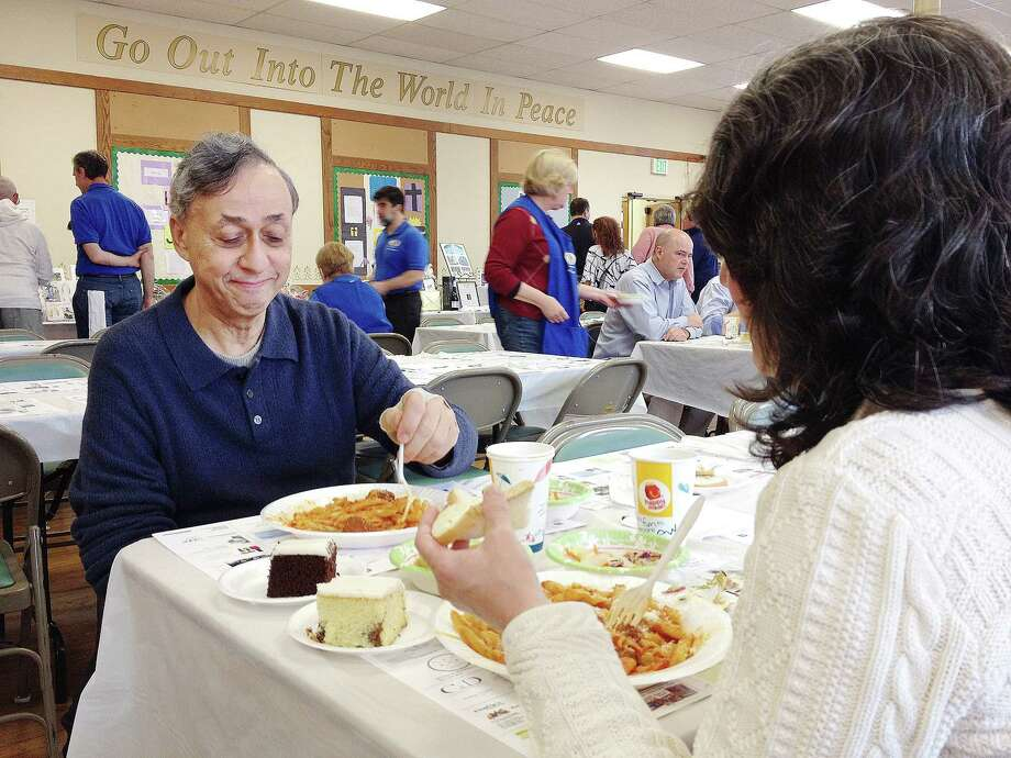 The Middletown Kiwanis Club annual Pasta Day Fundraiser and Silent Auction at First Church, 190 Court St, Middletown. Photo: Catherine Avalone — The Middletown Press