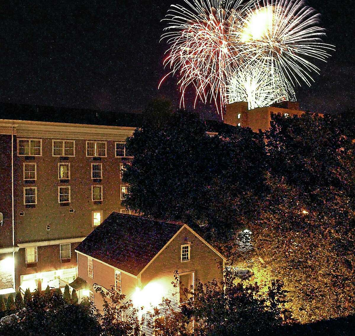 For the finale of the Tastes, Sights & Sounds of Middletown in 2007, fireworks lit up the sky.