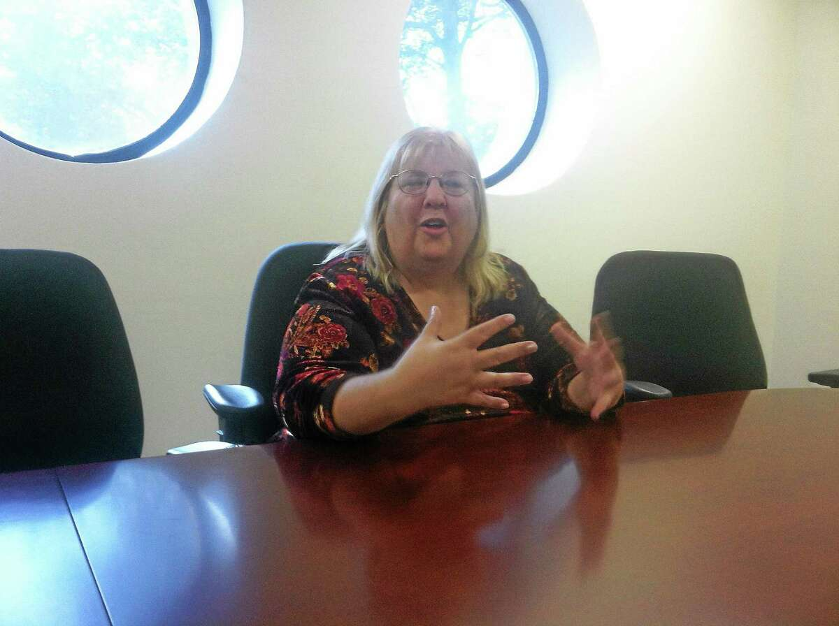 Republican comptroller candidate Sharon McLaughlin makes a point while speaking to the New Haven Register editorial board.