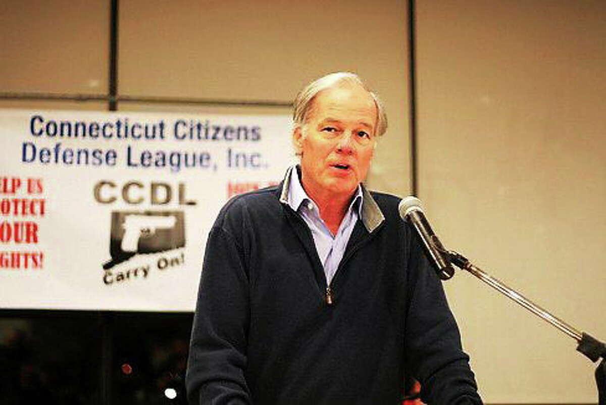 Republican gubernatorial candidate addresses the Connecticut Citizens Defense League.