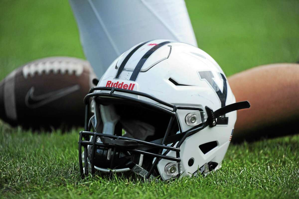 Penn defeated Yale 34-20 on Friday night.