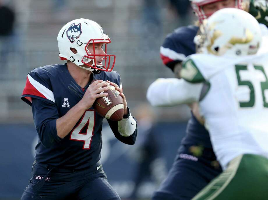 UConn quarterback Bryant Shirreffs. Photo: The Associated Press  / FR158029 AP