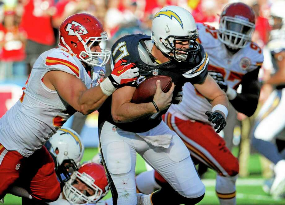 Register gambling writer Dan Nowak feels the Kansas City Chiefs defense will rise to the occasion on Sunday and knock out Philip Rivers and the San Diego Chargers. Photo: Denis Poroy — The Associated Press  / FR59680 AP