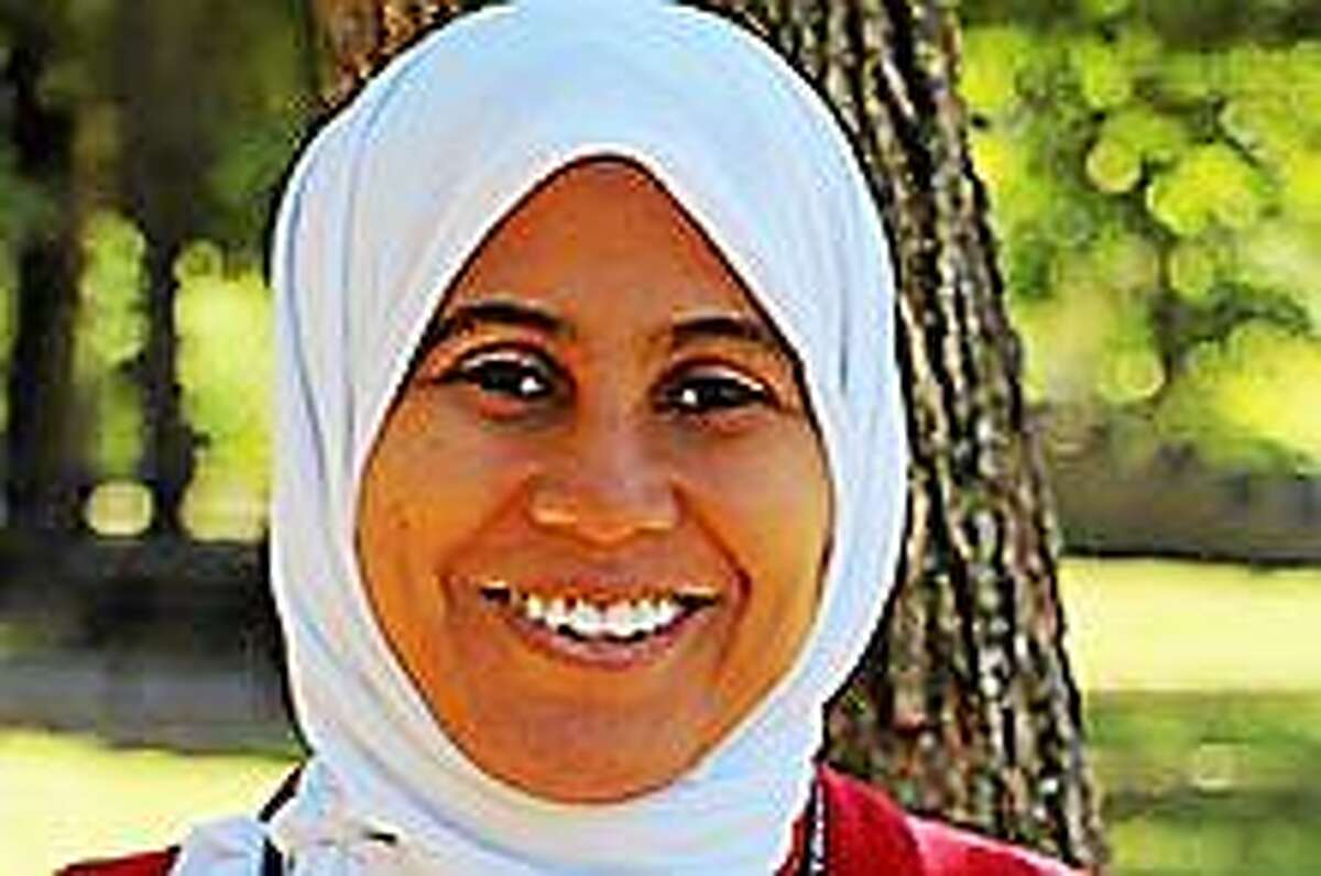 Khadija Gurnah of Middletown will be honored Monday at the White House for her efforts to help enroll people in health insurance plans under the Affordable Care Act.