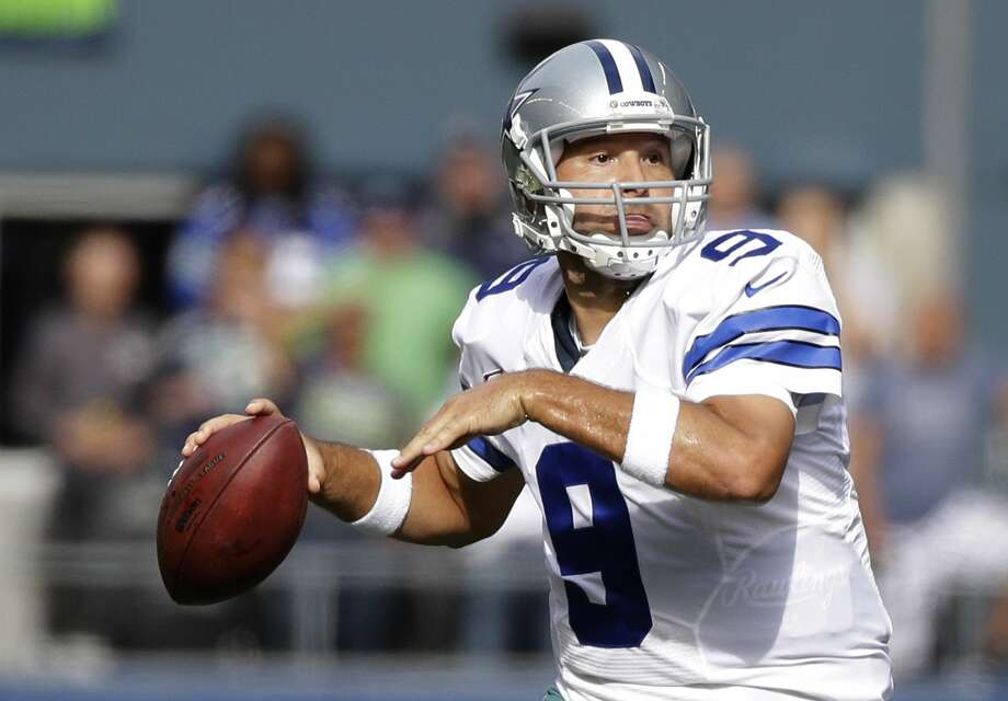 The Giants face Tony Romo and the red-hot Cowboys on Sunday in Arlington, Texas. Photo: Elaine Thompson — The Associated Press  / AP