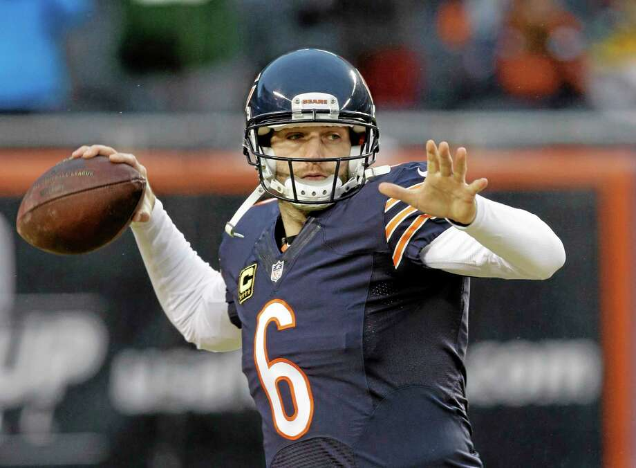 Chicago Bears quarterback Jay Cutler has signed a seven-year contract that came after some speculation the Bears might part with Cutler after five years. Terms were not disclosed. Photo: Nam Y. Huh — The Associated Press  / AP