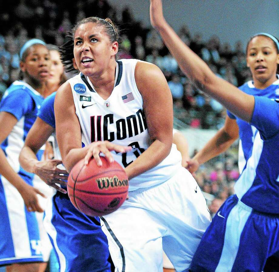 Kaleena Mosqueda-Lewis returned to practice on Thursday and declared herself ready to play on Saturday against Rutgers. The All-American has been sidelined by mono. Photo: Arnold Gold — Register File Photo