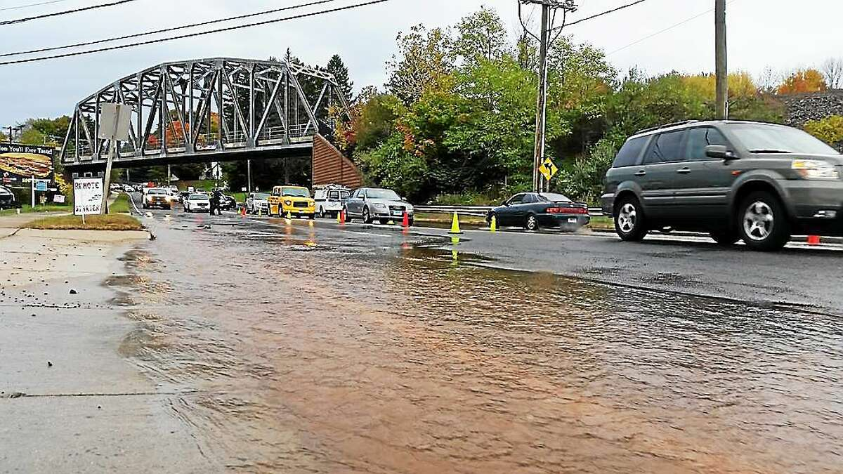 A water main break Monday afternoon at 512 Washington Street in Middletown closed two of four lanes to traffic.