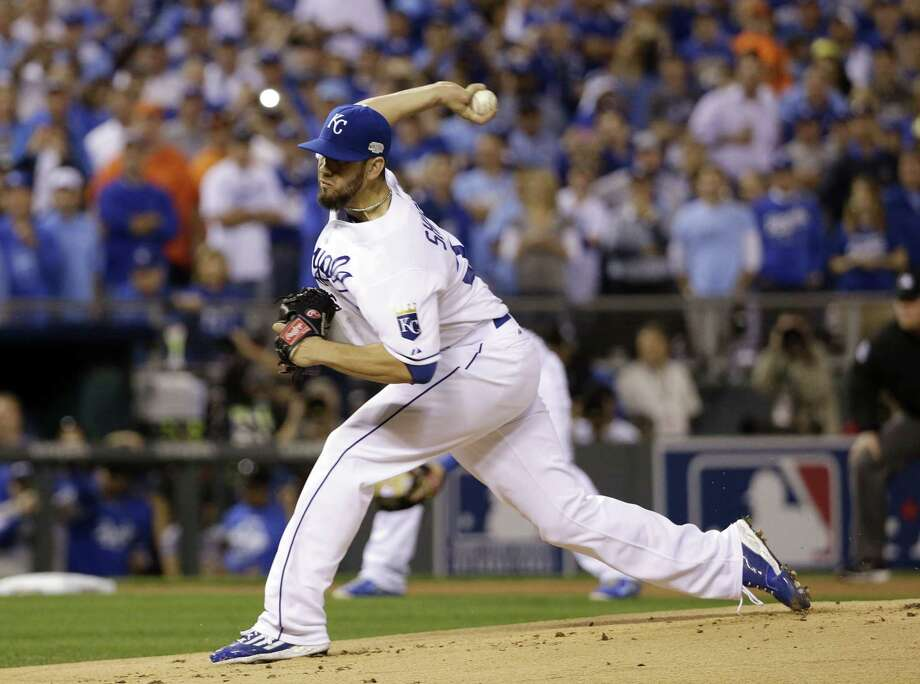 Right-handed pitcher James Shields has agreed to a four-year contract with the San Diego Padres. Photo: David J. Phillip — The Associated Press File Photo  / AP