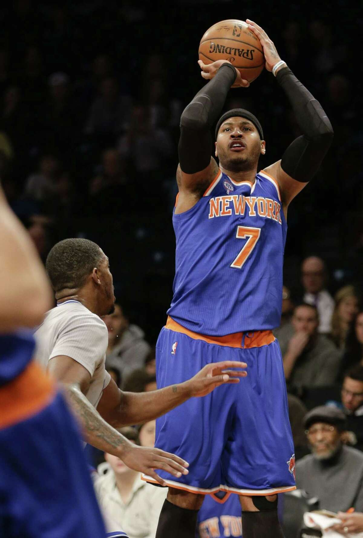 The Knicks' Carmelo Anthony (7) shoots during a recent game.