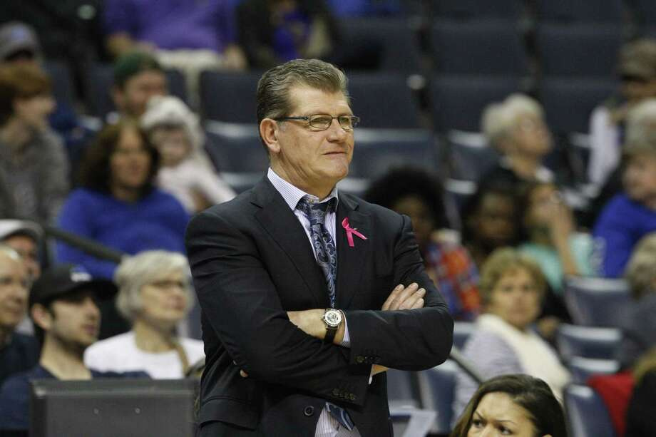 UConn coach Geno Auriemma watches his team during a lackluster first half of an eventual 80-34 win over Memphis on Saturday in Memphis, Tenn. Photo: Karen Pulfer Focht — The Associated Press  / FR171263 AP