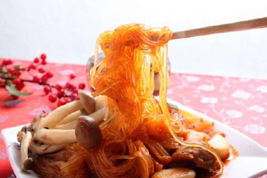 A dish of Japchae, a Korean dish. Photo: Getty Images / (c) RunPhoto