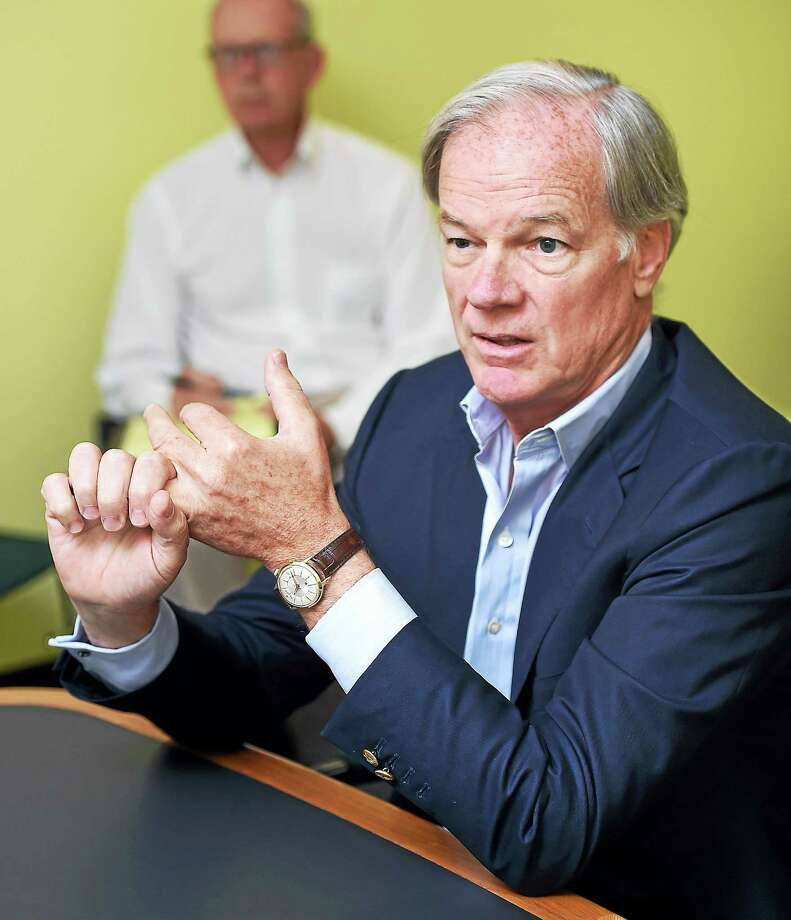 Republican gubernatorial candidate Tom Foley speaks with the New Haven Register editorial board in September. Photo: (Arnold Gold-New Haven Register)