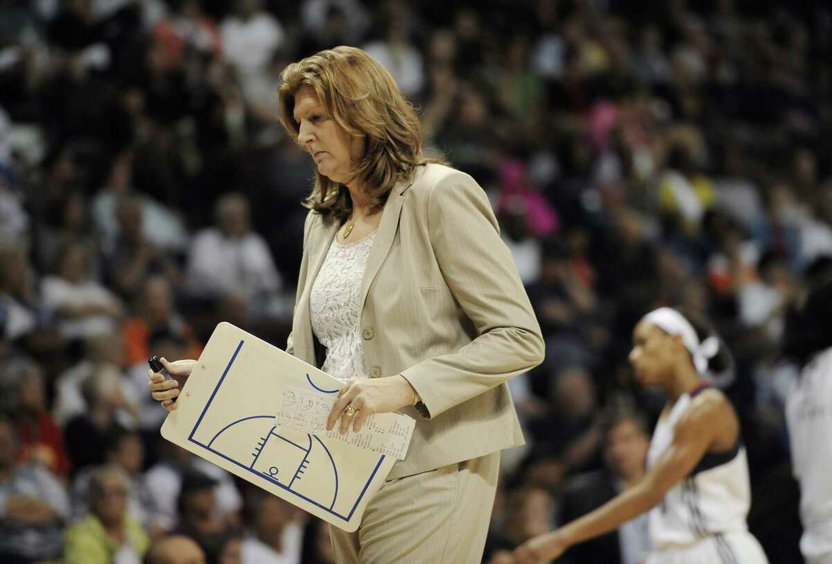 Connecticut Sun head coach Anne Donovan has stepped down on Thursday after three losing seasons.