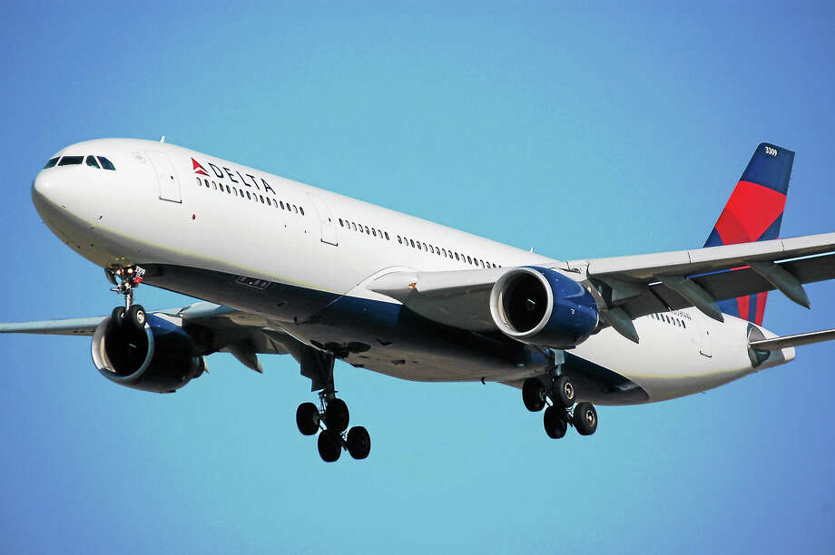 On Cyber Monday, airlines are expected to launch flash sales on airfare. Photo: Middletown Press File Photo