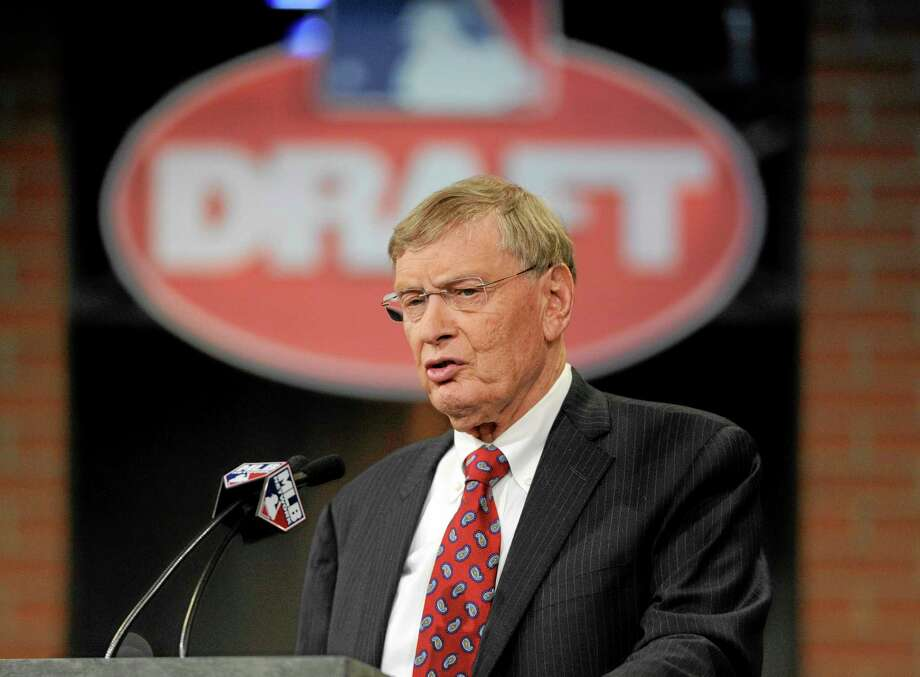 Major League Baseball commissioner Bud Selig announces the selections during the 2014 MLB draft on Thursday in Secaucus, N.J. Photo: Bill Kostroun — The Associated Press  / FR51951 AP