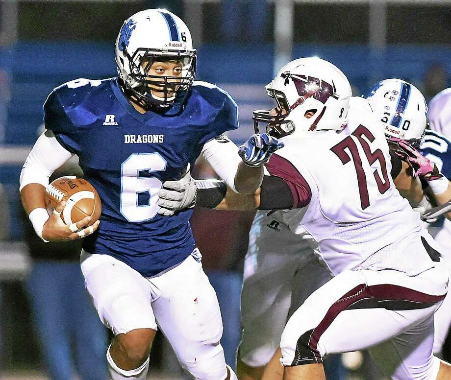 Dario Highsmith will lead Middletown against Notre Dame-West Haven on Saturday. Photo: Catherine Avalone — Register  / New Haven RegisterThe Middletown Press