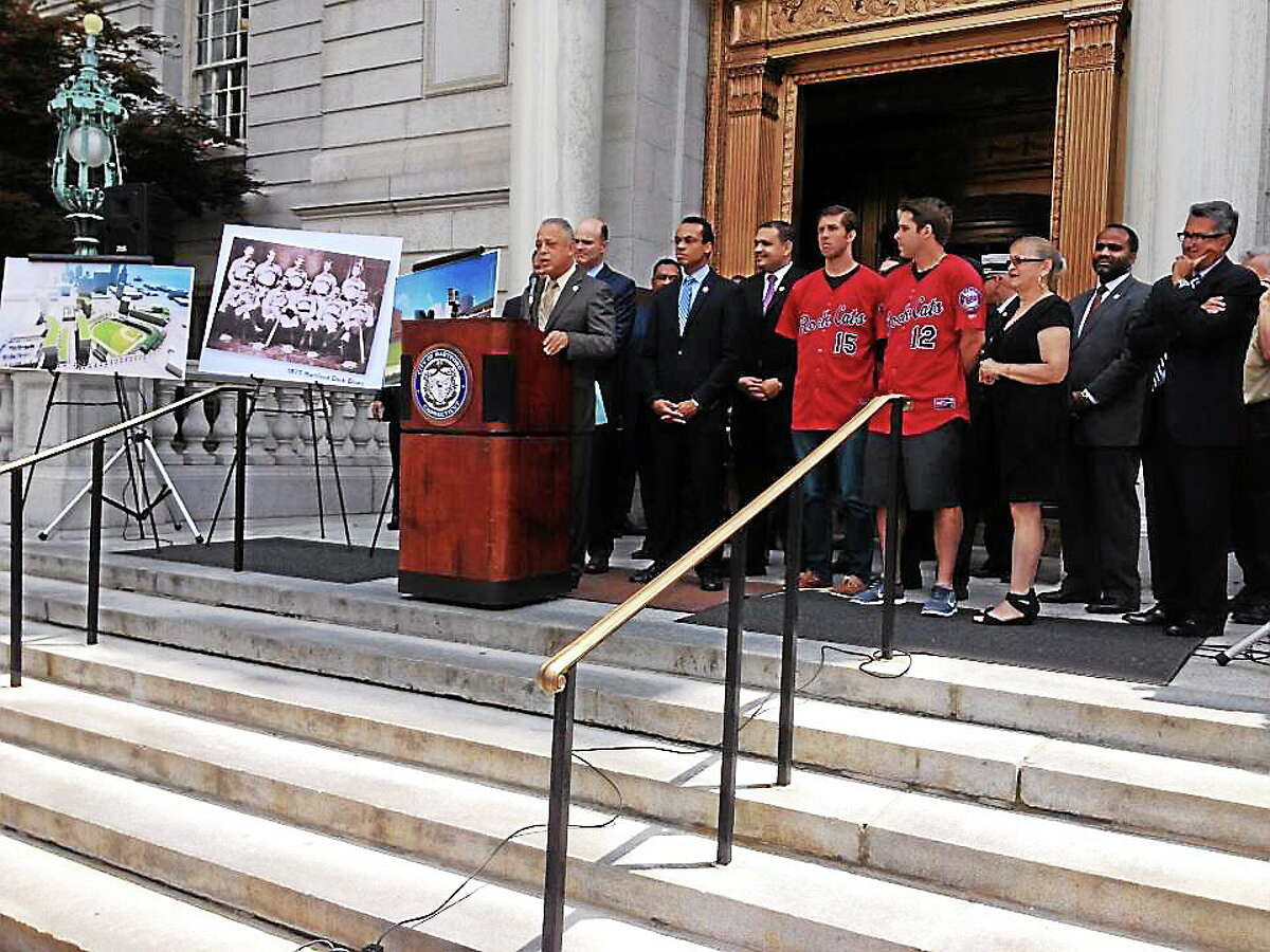 Hartford city officials and team representatives announce plans to build a $60 million stadium to move the New Britain Rock Cats to the capital city in 2016.
