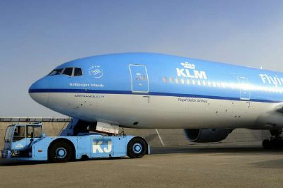 Picture taken on June 19, 2012 shows the airplane of the KLM Royal Dutch Airlines ready for take-off for the first biofuel-powered transatlantic flight at Schiphol Airport.