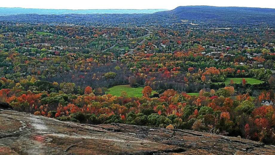 The Mattabesett Trail is a segment of the blue-blazed National Scenic Trail that follows the trap rock ridge from Route 68 in Durham to the Country Club Road commuter lot off Interstate 91 in Middletown. Photo: Kathleen Schassler — The Middletown Press