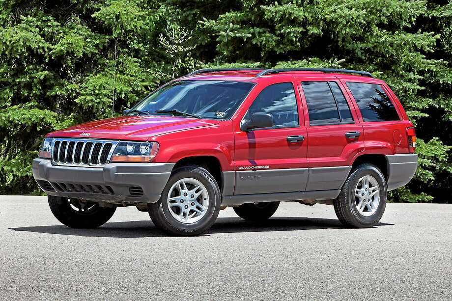 This undated photo provided by Chrysler shows the 2002 Jeep Grand Cherokee. Photo: AP Photo/Chrysler, File  / Chrysler