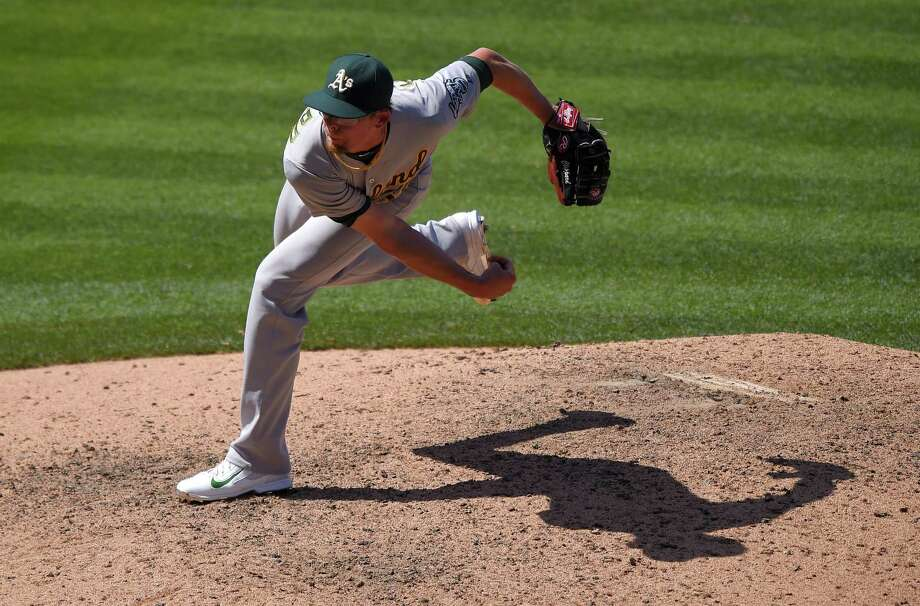 In their second trade in four days, the New York Mets have acquired closer Tyler Clippard from the Oakland Athletics for minor league pitcher Casey Meisner. Photo: Mark J. Terrill — The Associated Press File Photo  / AP