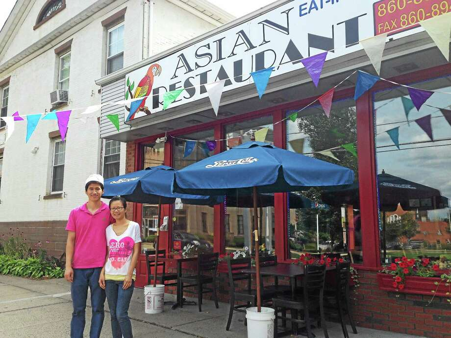 Ping Liu and Nikki Zheng opened Asian Restaurant at 83 Broad St. in June serving Chinese, Thai and Hibachi cuisine. Photo: Kaitlyn Schroyer — The Middletown Press
