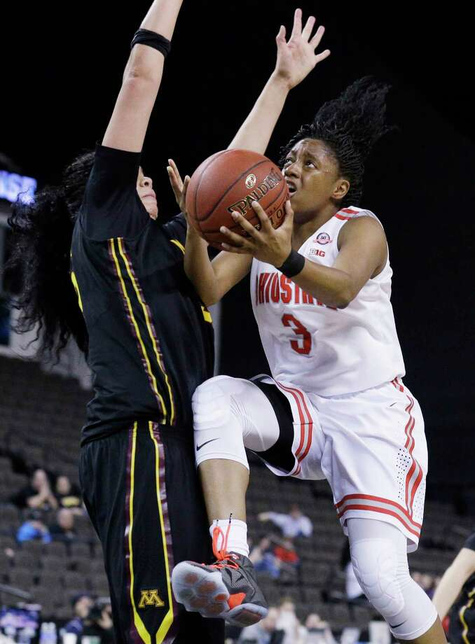 Ohio State guard Kelsey Mitchell, right, was the nation's leading scorer at a freshman. Photo: The Associated Press File Photo  / AP
