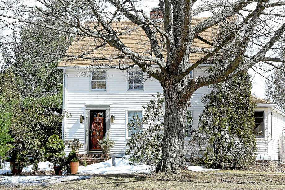 "Connecticut State Police responded to an ""apparent murder-suicide"" at an artist's studio at a home on Main Street in Durham Tuesday. Photo: Kathleen Schassler — The Middletown Press  / Kathleen Schassler All Rights"