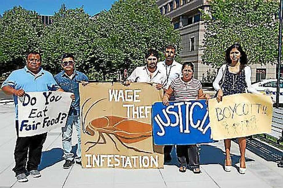 Unidad Latina en Accion outside the Legislative Office Building in Hartford Photo: Madeline Stocker Photo
