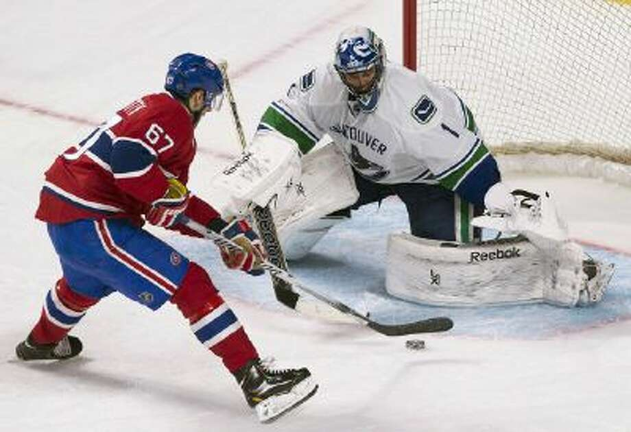 Max Pacioretty's second penalty shot is stopped by Roberto Luongo.