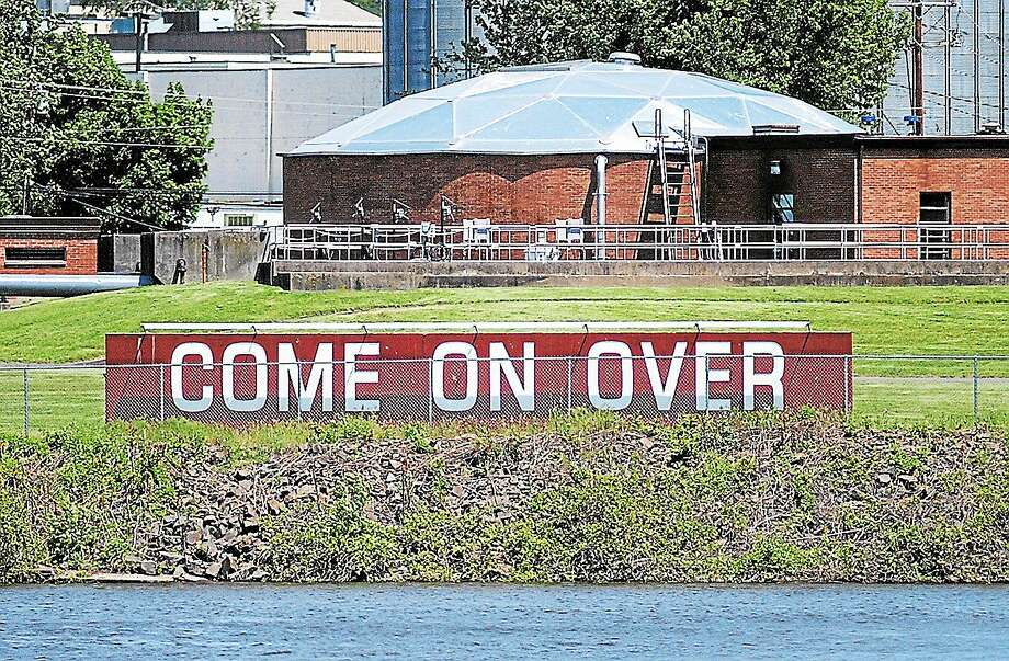 "The ""Come on Over"" sign in Portland Photo: File Photo"