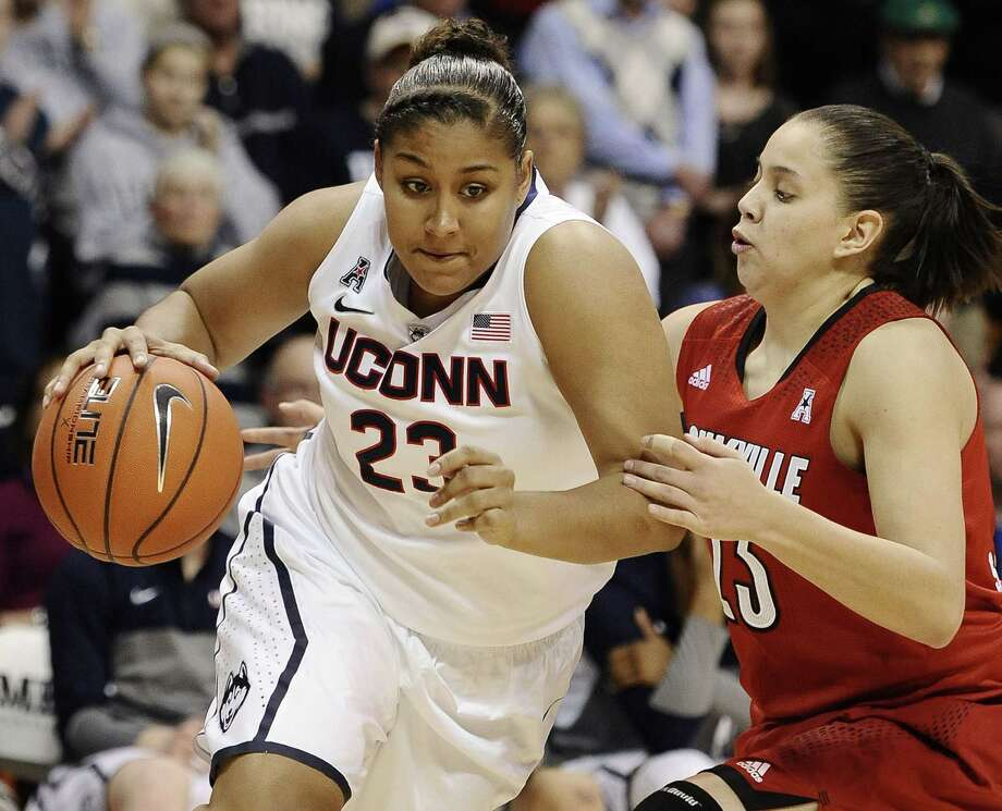 UConn senior Kaleena Mosqueda-Lewis is looking to close her collegiate career with the Huskies winning their third straight national title. Photo: Jessica Hill — The Associated Press File Photo  / FR125654 AP